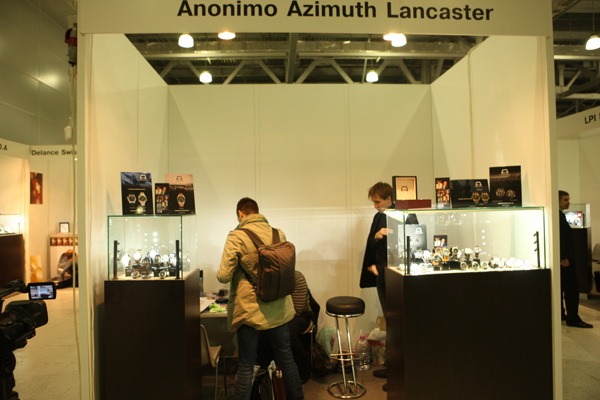 Anonimo, Azimuth and Lancaster watchs stand