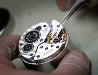 Alpina watch mechanism setting-up