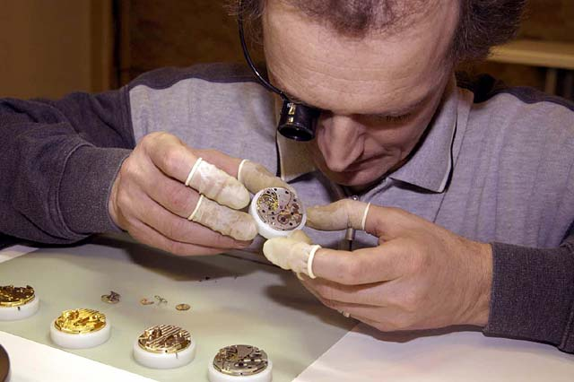 Blancier watch assembly