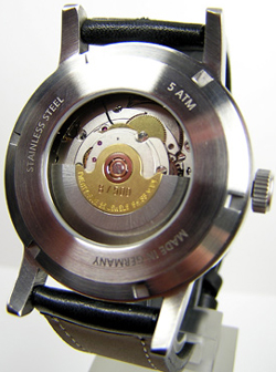 Sportive Nightflight XL watch backside