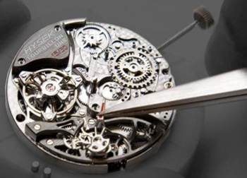 Jorg Hysek watch mechanism assembly