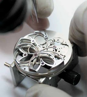 Opus 7 watch mechanism assembly