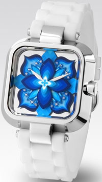 Sasu Blue with White and Chrome
