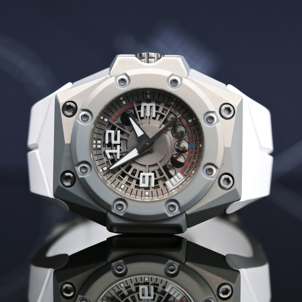 Oktopus Moon Lite  Watches
