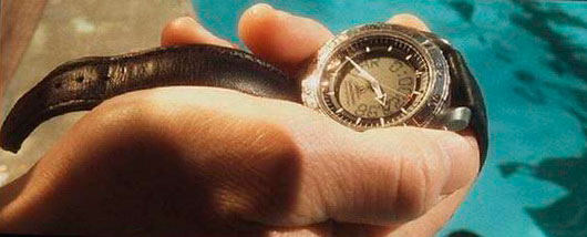 "Omega Speedmaster X-33 watch in the movie ""Minority report"""