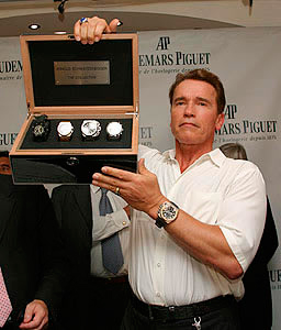 Schwarzenegger presents novelties of Audemars Piguet