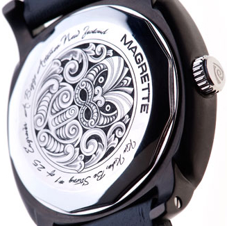 Magrette Kia kaha watch backside