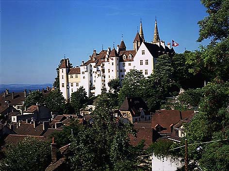 "Neuchatel: a ""new castle"" of the Swiss watch industry"