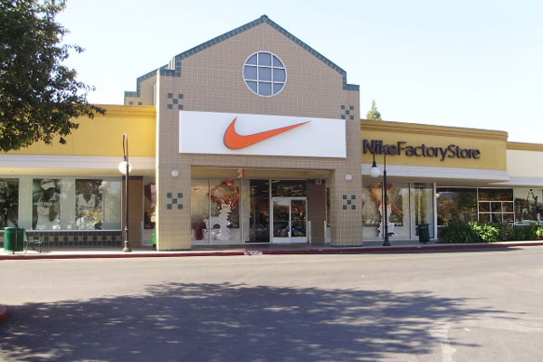 factory-store of Nike company