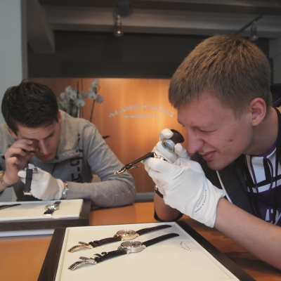 Competition for young watchmakers of A. Lange & Söhne has started!