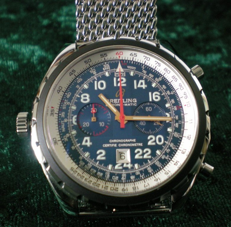 Perhaps you have a tweed suit or jacket, but have struggled to find the perfect timepiece to accompany it.